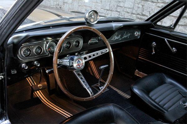 L'intérieur de la Shelby GT350H